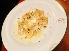 Kürbisravioli mit 36-monaten gereiften Parmesan und Butter