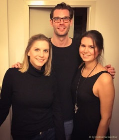 Charlotte (links) und Katharina mit Gastgeber Jan.