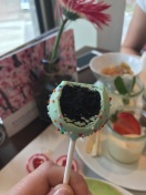 Cake Pop mit Oreokeks-Füllung